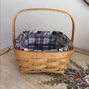 Longaberger Medium Berry Basket Swing Handle
